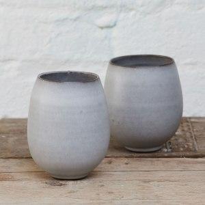 Elaine-Bolt-grey-teabowls (image by Yeshen Venema)