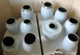 Shiny pots in the kiln
