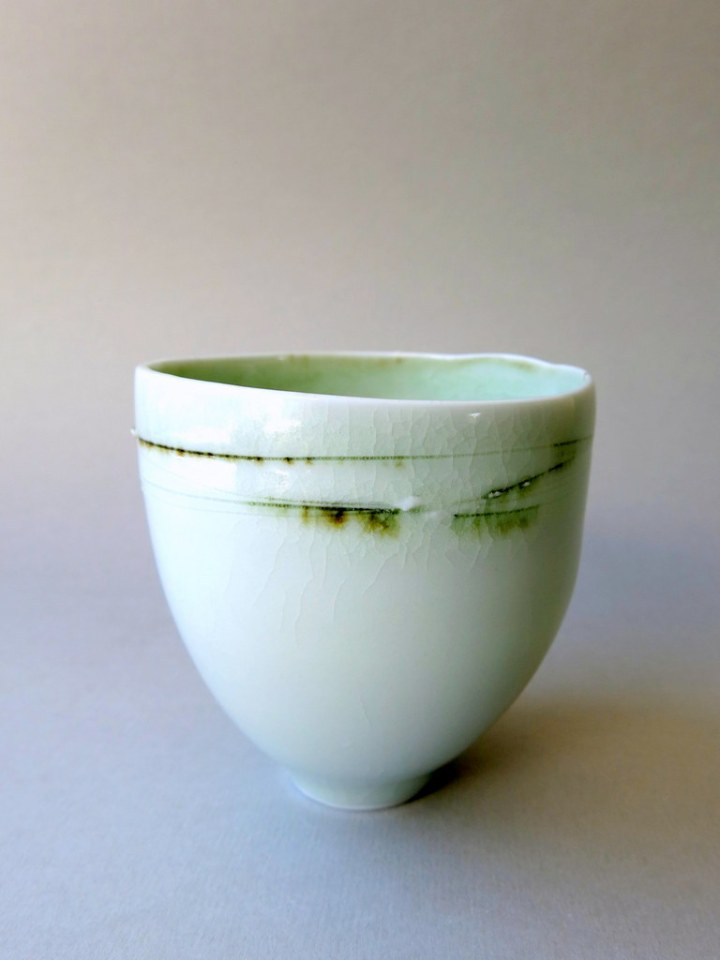 Elaine Bolt - Green crackle teabowl